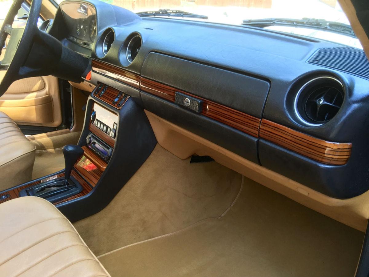 mercedes auto wood trim restoration for san diego los angeles mercedes w123 300cd 1982 zebrano. Black Bedroom Furniture Sets. Home Design Ideas