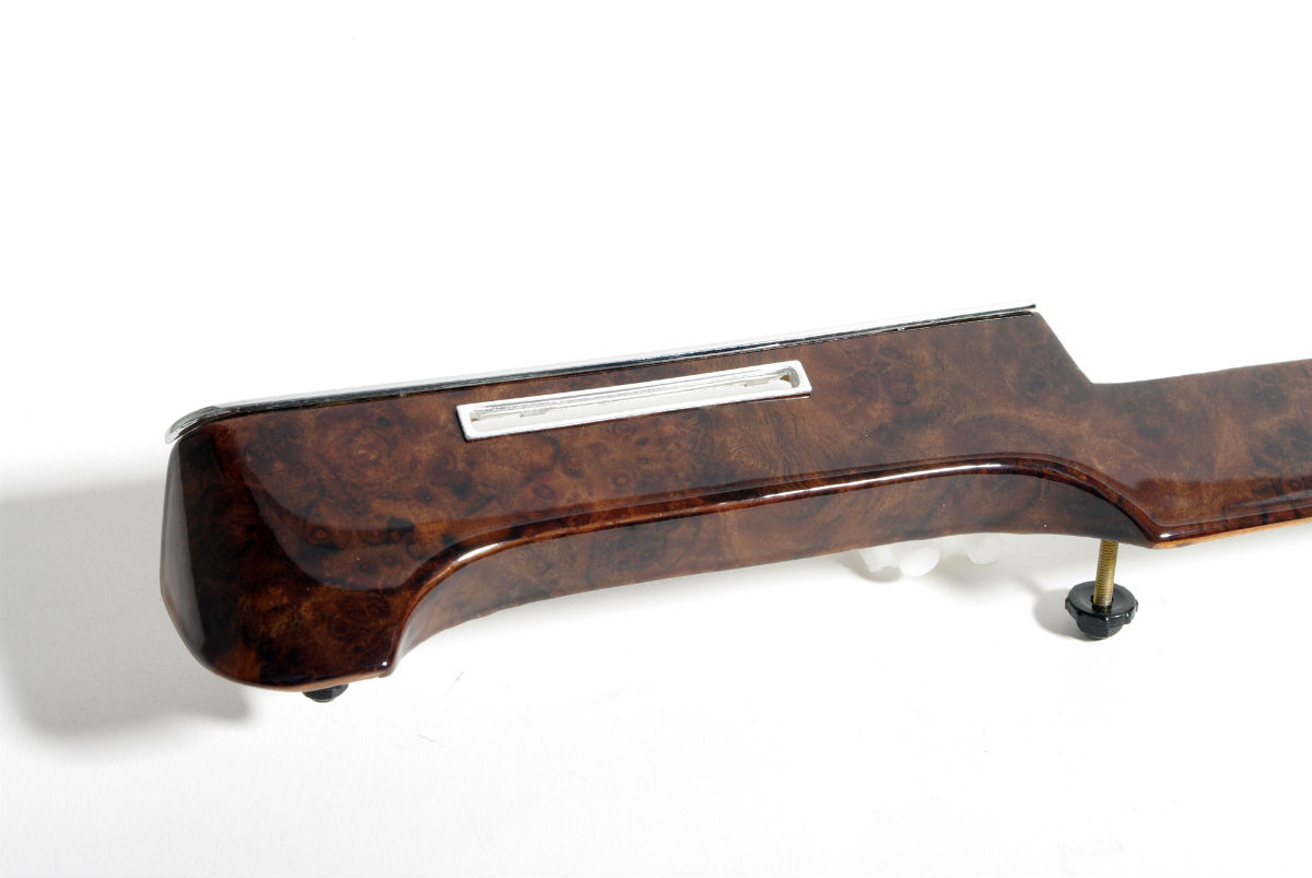 B C F Mar Revise Lg additionally Amg further Mercedes Benz Sel moreover Mercedes W Burl Wood Dash Board Trim in addition Mercedes Benz Sel Was All About Engineering. on mercedes benz 450sel 6 9